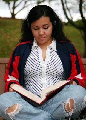 Michaela-studying2